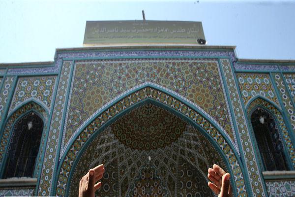 «دعای عرفه» از صحرای عرفات تا کربلای معلی و مشهد مقدس