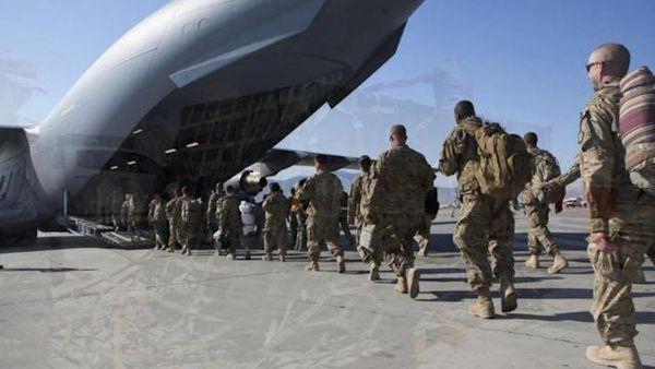 آمریکا ۳۰۰۰ نیرو برای خارج کردن کارمندان سفارتش، به کابل میفرستد